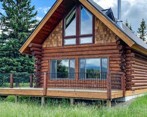 Pronghorn Cabin Near Glacier National Park