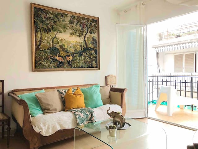 BEACH APARTMENT , SITGES BEST LOCATION, 100m beach