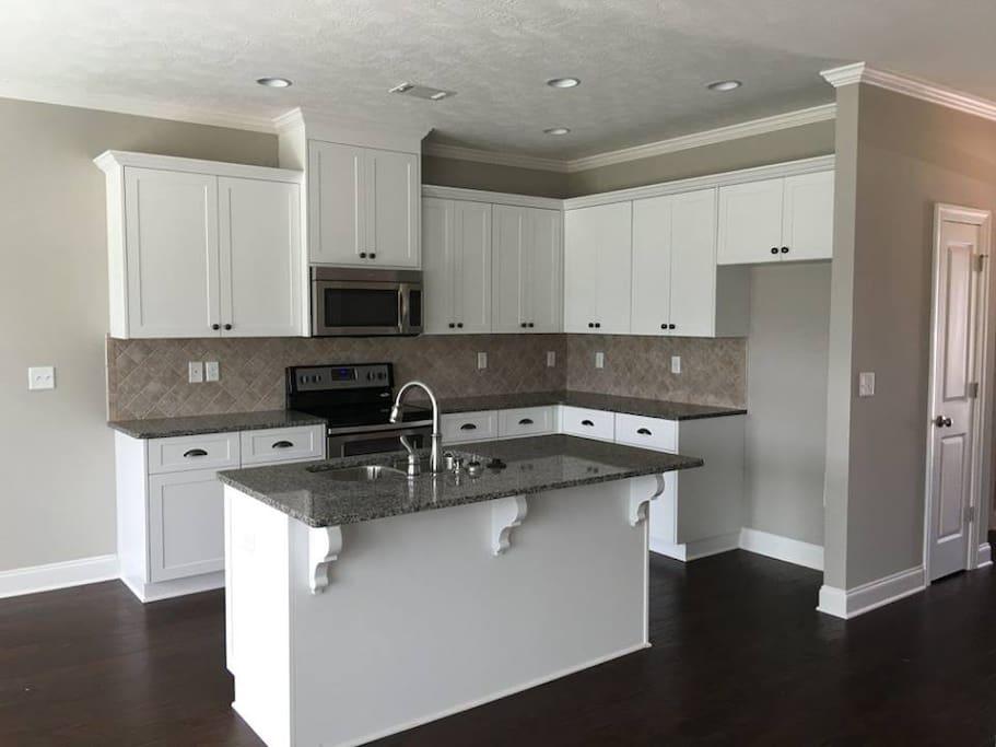 Kitchen (fridge is installed)
