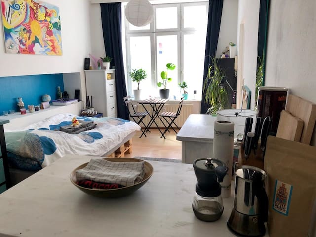 Cosy Studio Apartment in Lübeck Zentrum