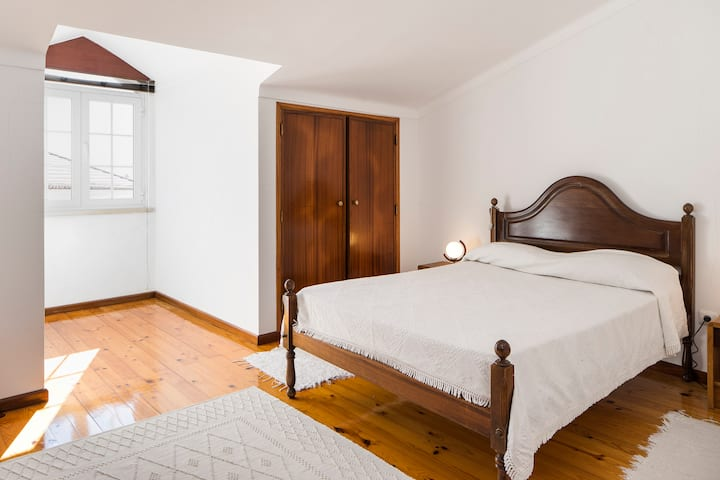 Three-Bedroom Apartment - Luso
