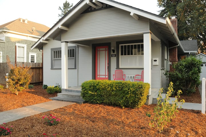 Historic Cherry Street Craftsman with office