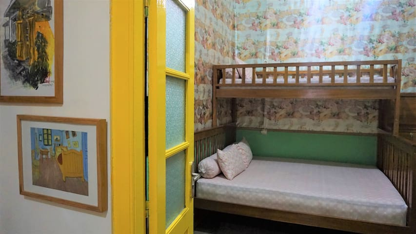Cute&Cozy group room with Bunk Bed, City Central