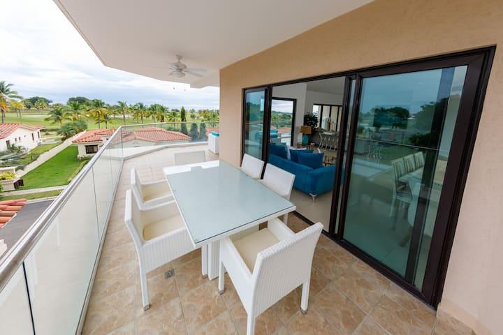 Apto en Vista Mar Marina & Golf Resort