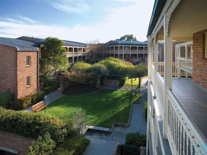 Adina/Highgate Apartments