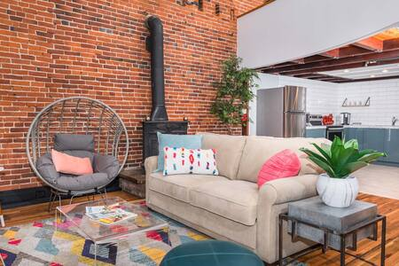 Downtown Loft Getaway with Rooftop Deck