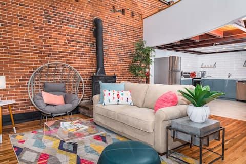 Downtown Loft Getaway with Rooftop Deck