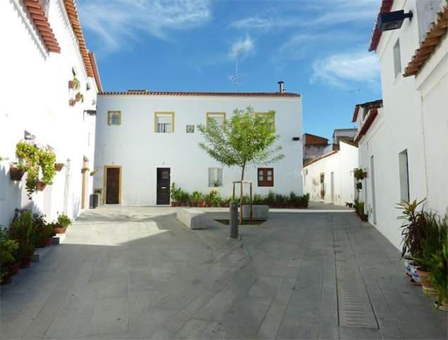 Casa em Moura - Alentejo - Moura - House