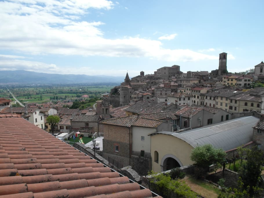 Views of Anghiari and the valley below from the terrace