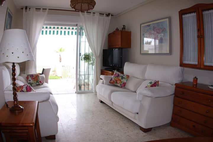 Precioso apartamento primera línea de playa