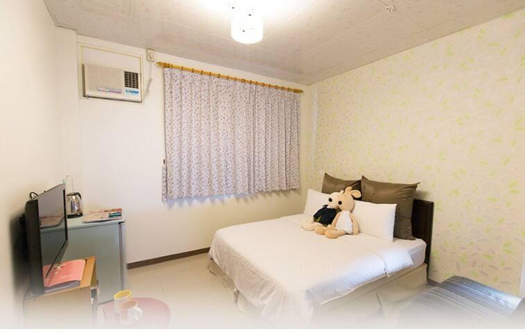 溫馨A平價雙人套房 - Luodong Township - House