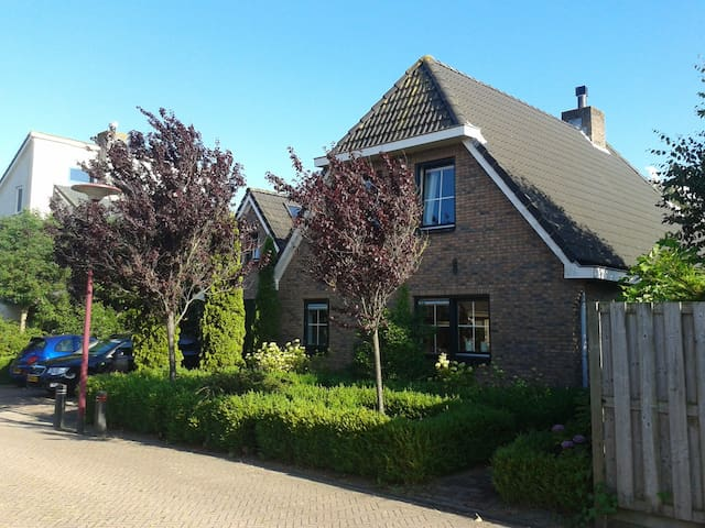 B&B Oostergo central in Holland with breakfast!