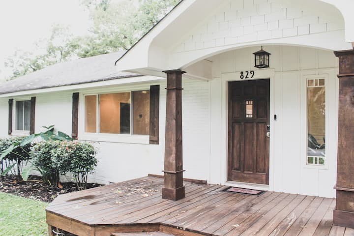 Spacious Bungalow in Downtown Smyrna close to ATL