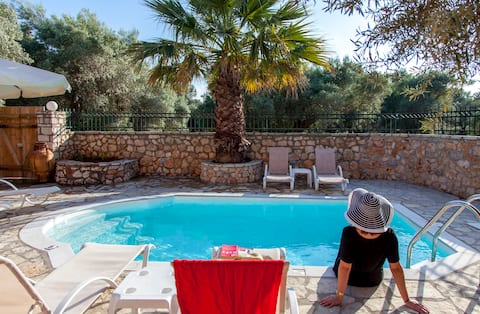 Traditional Villa in Lefkada Now from 150€ / night