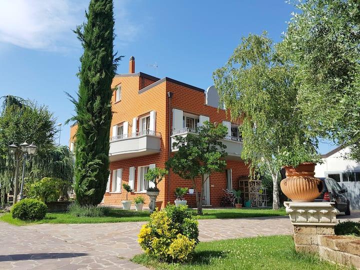 Villa Leardini - Appartamento le Palme
