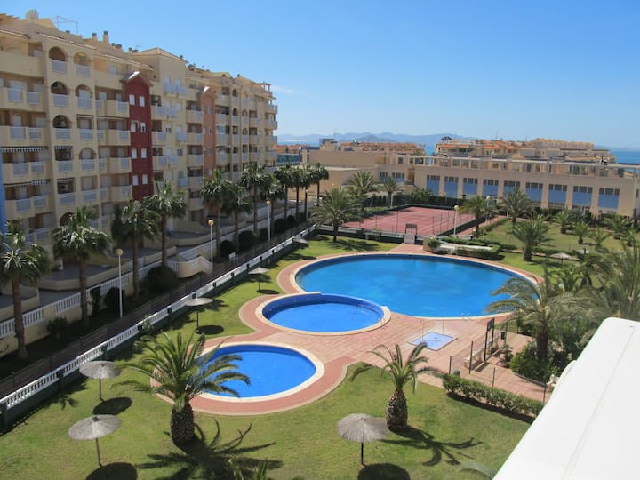 Two bedroom with pool and tennis court in Tomás Maestre