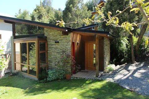 Casa patagónica, moderna y cómoda