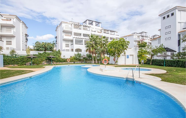 Holiday apartment with 2 bedrooms on 70m² in San Luis de Sabinillas