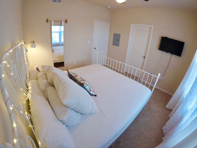 Cute one bed in Buda just outside of Austin - Buda - Apartment
