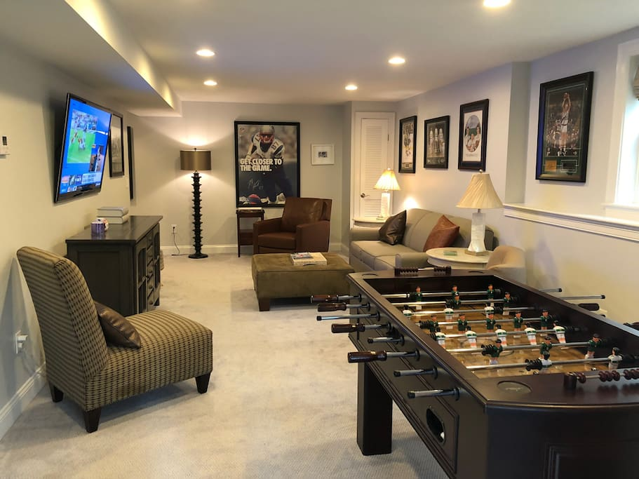 Stunning Game Room With Full Bath & Walkout to Patio (Full queen size pull out bed with built in air mattress to use as 4th bed)
