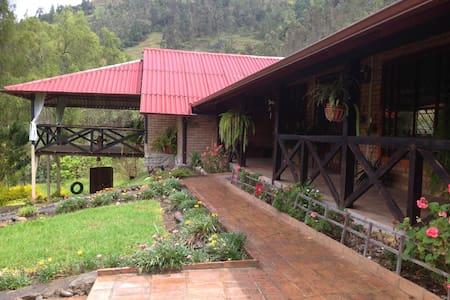 Suite en casa de campo en Tomebamba Paute Ecuador