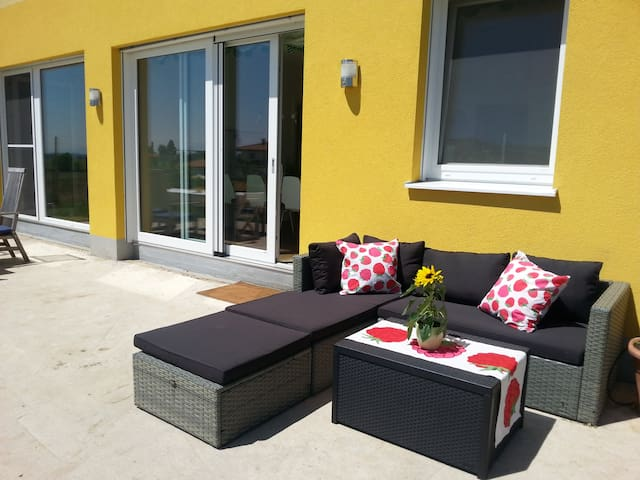 Big newly built house only 16 min to Salzburg!