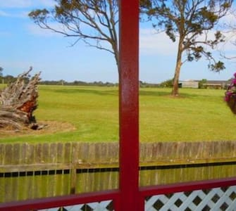 Rural Retreat on Jensen (Zoe's Place) - Wadalba - House