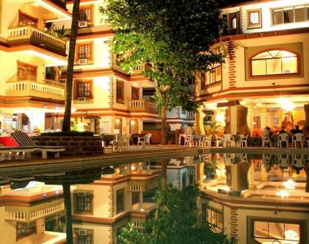 Cozy Resort Apartment @ Candolim Walkable to beach - Candolim - Apartment