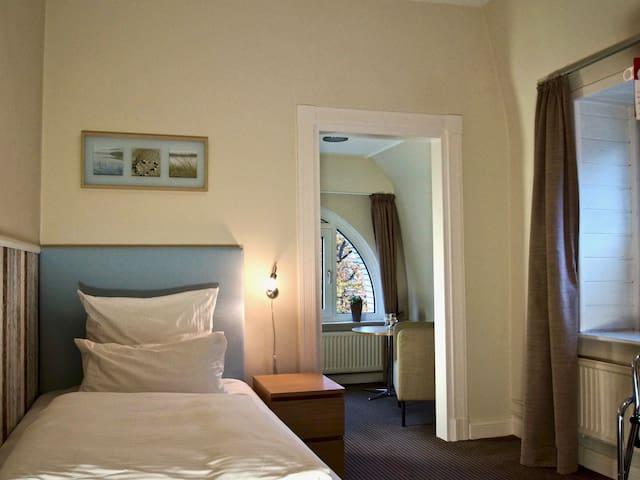 Einzelzimmer Komfort zur Meerseite