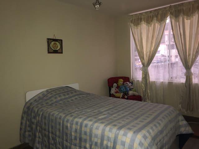 Habitación privada en OTAVALO