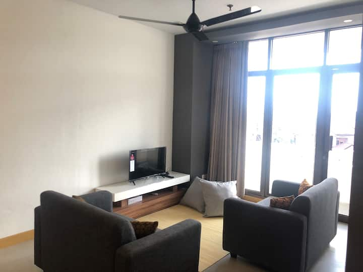 Spacious 2 Bedroom Apartment | POOL | @City centre