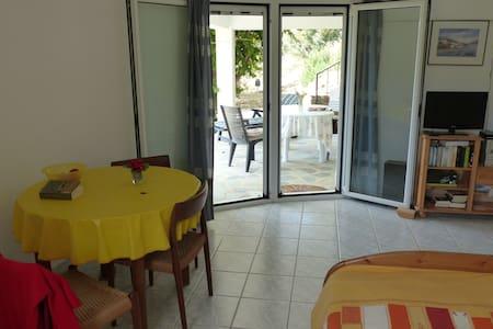 Best studio for families, Greece, Foinikounda - Foinikounta - อพาร์ทเมนท์