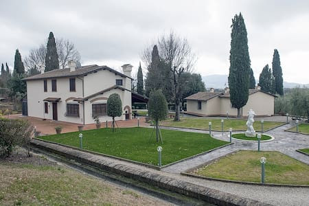 Villa vicino ad Arezzo - Patrignone - Villa