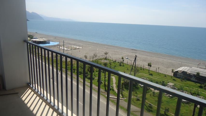 Солнечная квартира студия на берегу моря - Akhaltsikhe - Appartamento