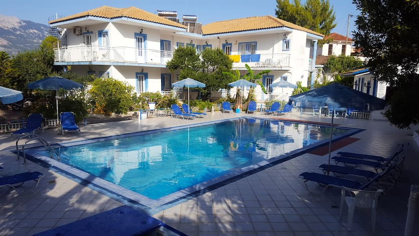Blue White Hotel Studios Apartments (2 Persons)