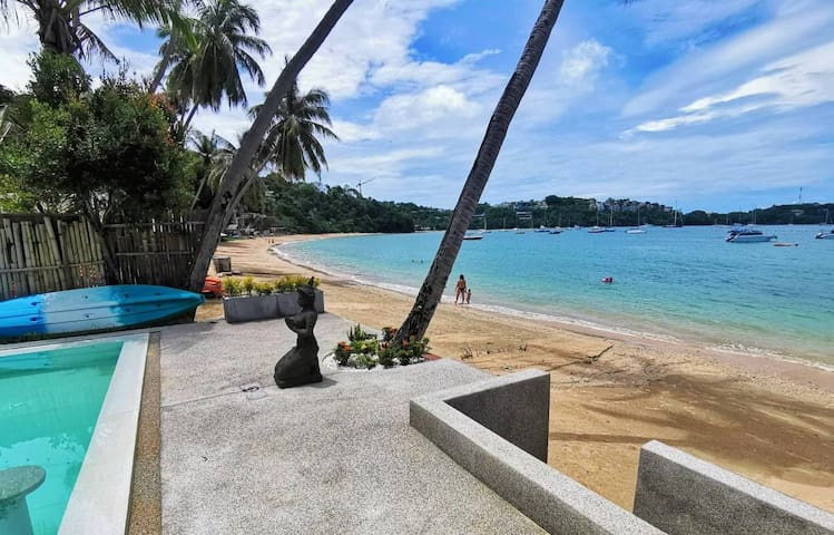 ★Seafront studio in Private Villa w/Infinity Pool★
