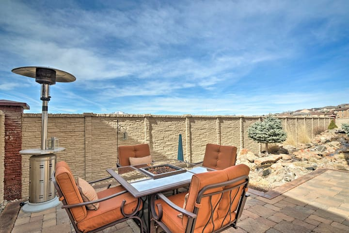 Idyllic Colorado Springs Escape w/Pikes Peak Views