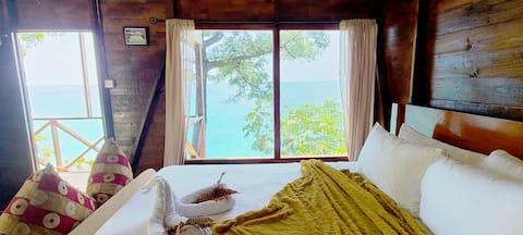 Cozy Oceanview Cabin