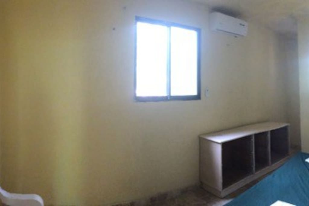 Private room with double bed and air conditioning