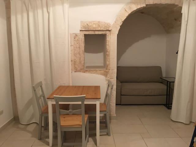 """Castello"" Elia - Ceglie Messapica - Pis"