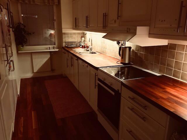 Amazing Bright 100sqm Apartment