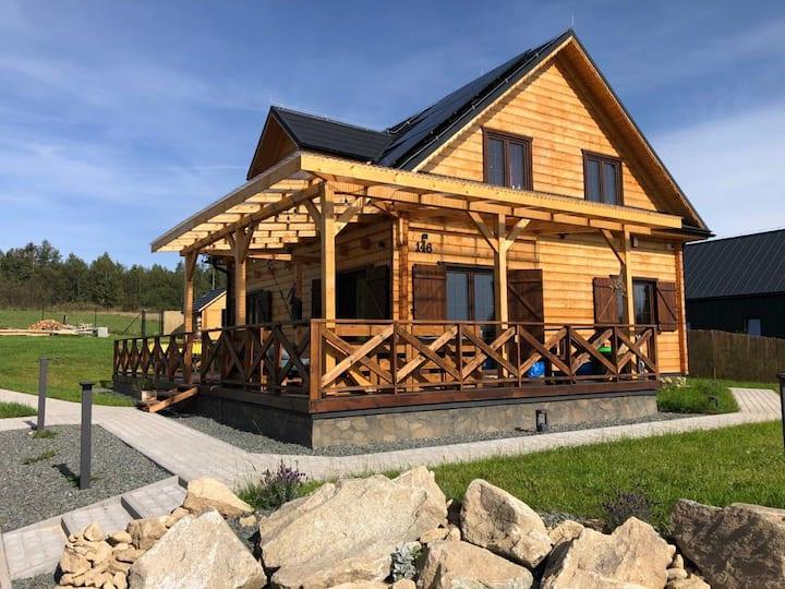Górskie Formy - drewniany dom w górach