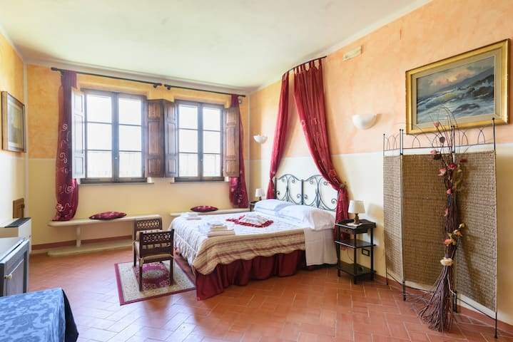 Suite, pool & Restaurant in Tuscany - Montepulciano - Daire