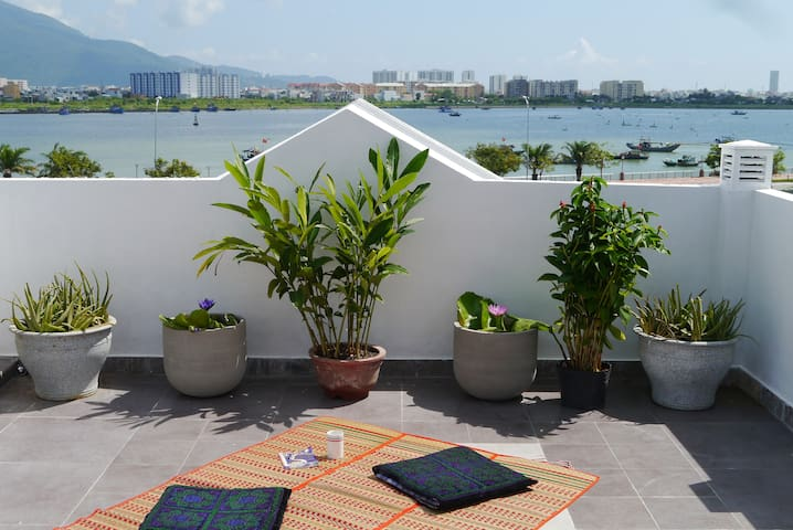 Ocean View - Top Floor Room - Đà Nẵng - House