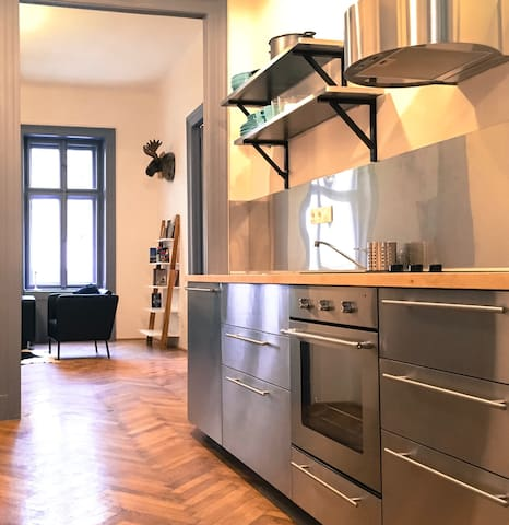 Swedish Style 100m2 Loft - Budapest - Apartment