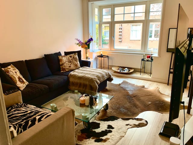 Spacious apartment | Unique Amsterdam location