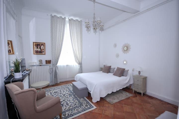 chambre d'hôte dans village proche carcassonne