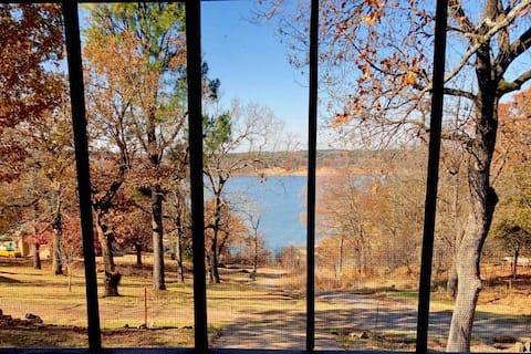 Beautiful Lake Home on Ft. Gibson