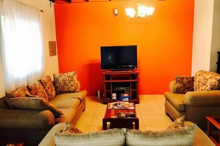 Tropical Getaway- Gated, 3 Bedroom Condo