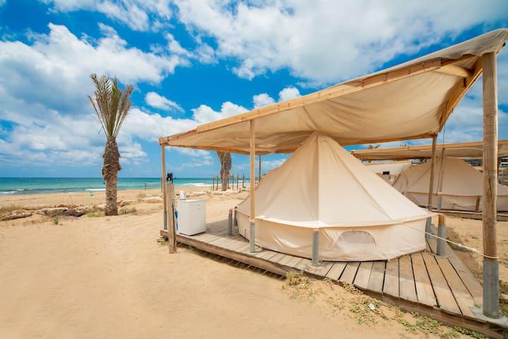 Betzet Beach Campsite - Air-conditioned tent